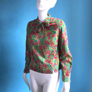 Vintage Tops - Vintage 1960s Summer Pussy Bow Top Paisley Green